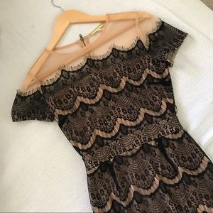 Gorgeous Lace/Mesh Formal Dress
